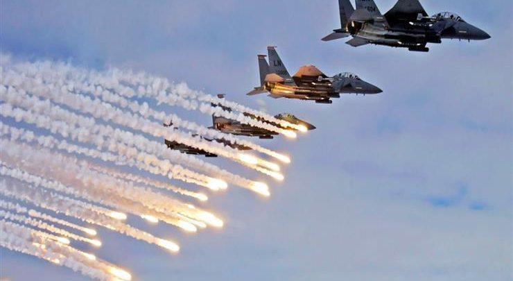 طائرات التحالف تقصف آخر معقل للدولة الإسلامية في شرق سوريا